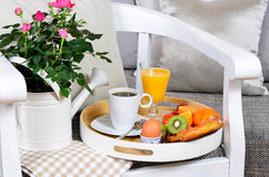 Schäbiges Chic des Frühstücks lizenzfreies stockfoto