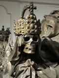 Schädel eines Kaisers in Wien-Kaiserkrypta lizenzfreie stockfotos