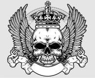Schädel mit Krone und Flügeln Stockbilder