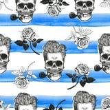 Schädel und nahtloses Papier der Rosen Stockfotos