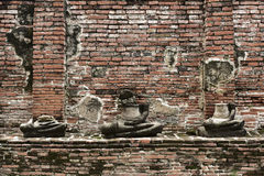 Schädigende Buddha-Statuen Lizenzfreie Stockfotografie