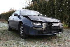 Schädigendes Auto Stockfoto