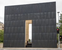 Schärfe Mitteilungsrückseite der Kopfwand des 9:03 morgens, Oklahoma- Citydenkmal Lizenzfreies Stockfoto