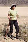 Schätzchen-ausgewachsenes männliches Känguru-Frauen-Wandern Lizenzfreie Stockfotos