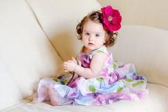 Schätzchen-Mädchen stockbild