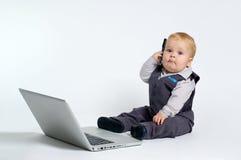 Schätzchen mit Laptop Lizenzfreies Stockbild