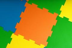Schäumen Steinplatten/Matten innerhalb eines Spielraumes oder -turnhalle lizenzfreies stockbild