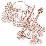 Schäumendes Bier des Bechers, Violine Stockbild