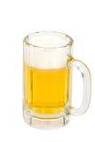 Schäumendes eiskaltes Bier Stockfoto