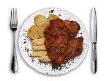 Schön angeordnete Nahrung auf einer Platte Lizenzfreie Stockfotos