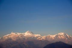 Schöne Abendansicht der Himalajaberge Stockbilder