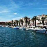 Schöne adriatische Küste von Kroatien Lizenzfreie Stockbilder