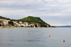Schöne adriatische Landschaft nahe aufgespaltet Lizenzfreies Stockfoto