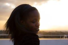 Schöne afrikanische Frau Lizenzfreies Stockfoto