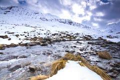 Schöne alpine Winterlandschaft Lizenzfreie Stockfotografie