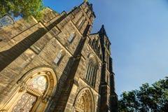 Schöne alte Basilika von St Peter und von Saint Paul, Vysehrad, Prag, Tschechische Republik Lizenzfreie Stockfotos