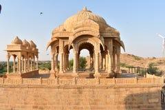 Schöne alte Ehrengrabmale von rawal Königen in bada baagh jaisalmer Rajasthan Indien Stockbilder
