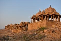 Schöne alte Ehrengrabmale von rawal Königen in bada baagh jaisalmer Rajasthan Indien Stockfoto