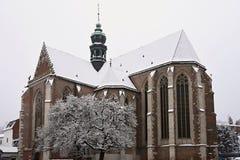 Schöne alte Tempelkirche Basilika der Annahme Jungfrau Maria Tschechische Republik Brnos Basilika-geringe Winterlandschaft - für Stockfotografie