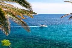 Schöne Ansicht über adriatisches Meer in Dalmatien, Kroatien Stockbild