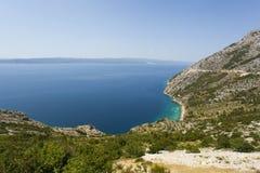 Schöne Ansicht über die adriatische Küste Stockbilder