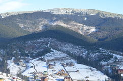 Schöne Ansicht an den Karpatenbergen Stockfotos