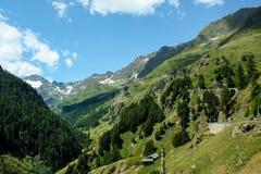 Schöne Ansicht der österreichischen Alpen Stockfotografie