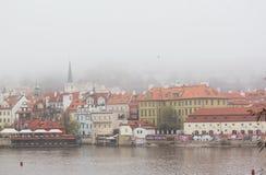 Schöne Ansicht der alten Stadt von Prag lizenzfreie stockfotografie