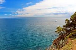 Schöne Ansicht des Mittelmeeres, Tossa de Mar, Spanien Stockfotos