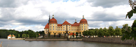 Schöne Ansicht des Schlosses Moritzburg, Deutschland Lizenzfreies Stockfoto