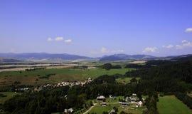 Schöne Ansicht vom Schlossturm des Tales drittens lizenzfreie stockfotografie