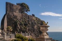 Schöne Ansicht von Aci Castello, Catania, Sizilien, Italien Stockbilder