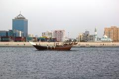 Schöne Ansicht von Adschman-Nebenfluss in DUBAI, UAE am 21. Juli 2017 Stockbilder