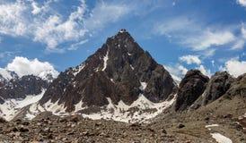 Schöne Ansicht von Berge gestalten in Altai-Bergen landschaftlich Stockbild
