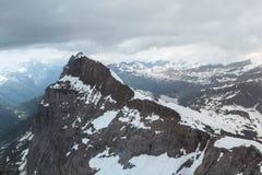 Schöne Ansicht von der Spitze Titlis-Berges in der Schweiz stockfotos