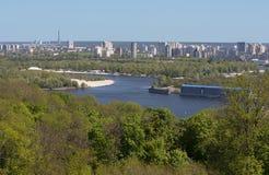 Schöne Ansicht von Kiew-Fluss Dnipro Ukraine Stockfoto