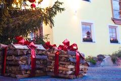 Schöne Ansicht von Ortisei-Straßen im Weihnachten Dolomiti-Alpen, Italien Stockbild