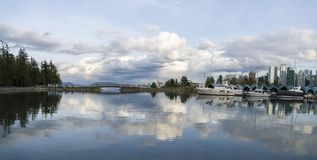 Schöne Ansicht von Vancouver-Skylinen Stockbilder