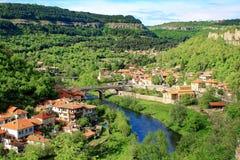 Schöne Ansicht von Veliko Tarnovo, Bulgarien lizenzfreies stockfoto