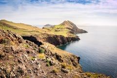 Schöne Ansichten über Spur zu Ponto tun Sao Lourenco, Madeira Lizenzfreie Stockfotografie
