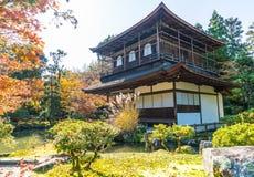 Schöne Architektur an silbernem Tempel Pavillion Ginkakuji lizenzfreie stockfotos