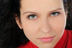 Schöne Art- und Weisefrauen-Gesichtsnahaufnahme Stockfotografie