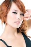 Schöne asiatische Frau der Nahaufnahme Lizenzfreies Stockfoto