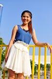 Schöne asiatische Frau des Porträts Lizenzfreies Stockfoto