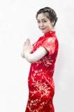 Schöne asiatische Frau mit Geste Stockbilder