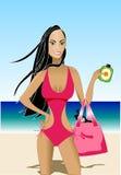 Schöne asiatische Frau in Monokini auf Strand. Stockbild