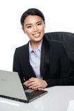 Schöne asiatische Geschäftsfrau lizenzfreies stockfoto