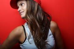 Schöne Aufstellung der jungen Frau Stockfotografie