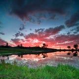 Schöne australische Landschaft am Sonnenuntergang Lizenzfreies Stockbild