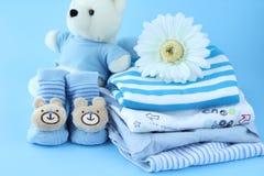 Schöne Babykleidung Lizenzfreies Stockbild